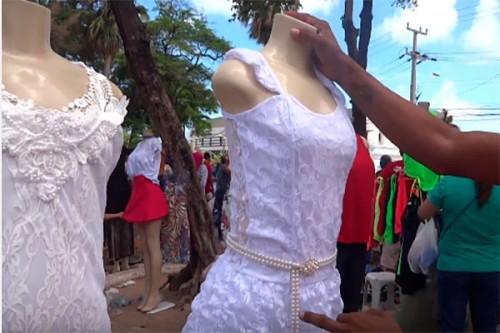 Feirinha da Madrugada Fortaleza Vestidos 17 12 16 Natal Video